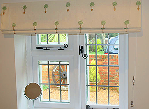 Sewing easy fabric Roman Shades - quickly and safely